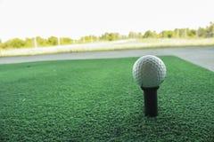 Rango de conducción del golf imágenes de archivo libres de regalías