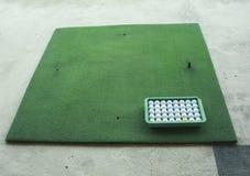 Rango de conducción del golf Foto de archivo libre de regalías