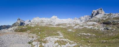 Rango de montaña Fotografía de archivo libre de regalías