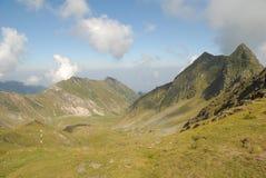 Rango de montaña en la estación de verano Imagen de archivo libre de regalías