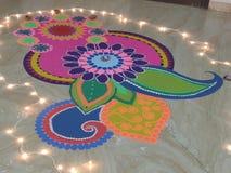 Rangoli gjorde på diwalifestival royaltyfria foton