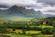 Rangos de montaña en Escocia norteña Foto de archivo