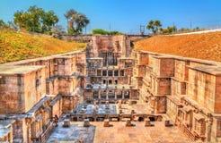 Ranien ki vav, ingewikkeld geconstrueerd stepwell in Patan - Gujarat, India royalty-vrije stock foto's