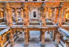 Ranis ki vav, ein verwickelt konstruiertes stepwell in Patan - Gujarat, Indien Stockbild