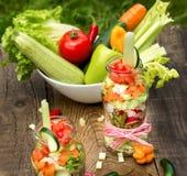 Ranja completamente do alimento saudável - comendo o alimento saudável Imagens de Stock
