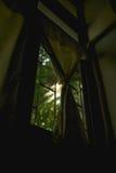 Ranku światło na zewnątrz okno Obrazy Royalty Free