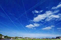 Ranku niebo Samolotowi ślada Zdjęcia Royalty Free