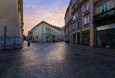 Ranku rozdroże w starym miasteczku Krakow fotografia royalty free