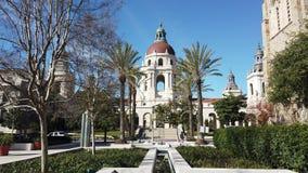 Ranku ruchu pogodny widok piękny Pasadena urząd miasta przy Los Angeles, Kalifornia zbiory