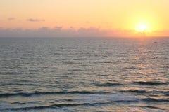 Ranku wschód słońca na Vero plaży Floryda zdjęcie stock