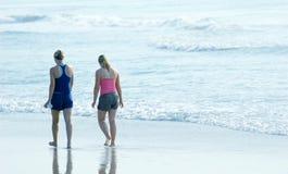 rano na plaży Zdjęcie Royalty Free