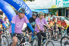 RANONG, THAILAND - 10. MAI: Fahrradtourismuskampagne für Reisenden Lizenzfreie Stockfotografie
