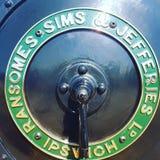 Ransomes sims och Jefferies kokkärlplatta royaltyfri fotografi