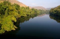 Rantee Fluss, Sangkhlaburi, Thailand Lizenzfreies Stockfoto