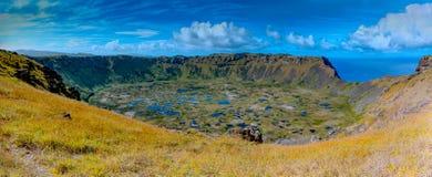 Ranu在复活节岛的Kau火山口 Rapa Nui国家公园世界遗产名录站点  免版税库存图片