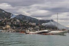 Rapallo Włochy November/5/2018 - Katastrofalny wynik potężna burza nocy Październik 29 schronieniu który w na zdarzał się zdjęcia stock