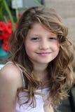 Rapariga bonita com cabelo longo fotografia de stock