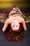 Rapariga Charming no vestido no assoalho Foto de Stock