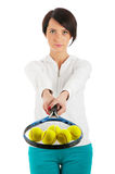 Rapariga com raquete de tênis e bal isolado Foto de Stock