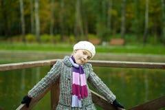 Rapariga de Fanny com expressão positiva da face Imagens de Stock Royalty Free
