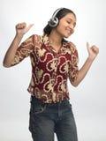 Rapariga que expressa sua felicidade Fotos de Stock