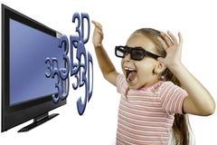Rapariga que presta atenção à televisão 3D Imagem de Stock