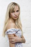 Rapariga tímida com cabelo longo Fotos de Stock