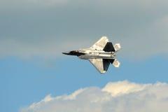 Rapaz F-22 en el gran salón aeronáutico de Nueva Inglaterra Fotos de archivo libres de regalías