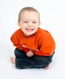 Rapaz pequeno bonito no branco Imagem de Stock