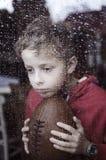 Rapaz pequeno deprimido fotos de stock royalty free
