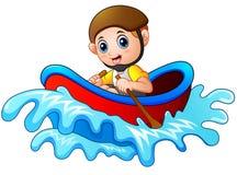 Rapaz pequeno dos desenhos animados que enfileira um barco em um fundo branco Fotografia de Stock Royalty Free