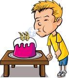 Rapaz pequeno dos desenhos animados que funde para fora velas Foto de Stock Royalty Free