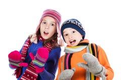 Rapaz pequeno e menina surpreendidos Fotos de Stock Royalty Free