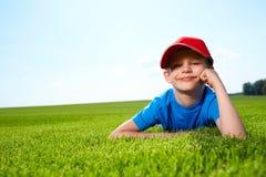 Rapaz pequeno feliz Foto de Stock Royalty Free