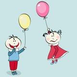 Rapaz pequeno feliz, vôo da menina com o balão Imagem de Stock