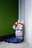 Rapaz pequeno na camiseta Fotos de Stock