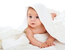 Rapaz pequeno na toalha de banho Fotografia de Stock Royalty Free