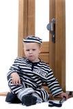 Rapaz pequeno no equipamento do ladrão Imagens de Stock Royalty Free