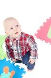 Rapaz pequeno no estúdio Imagens de Stock