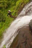 Rapelling Wasserfall Lizenzfreies Stockbild
