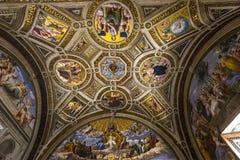 Raphael房间,梵蒂冈博物馆,梵蒂冈内部  库存照片