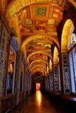 Raphael Loggias inre av den statliga eremitboningvinterslotten arkivfoton