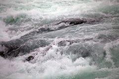 Rapide del fiume di Paine nel parco nazionale di Torres del Paine, regione del Magallanes, Cile del sud Immagini Stock Libere da Diritti