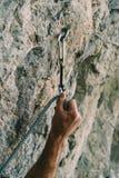 Rapido-tiraggio sulla parete della roccia fotografia stock libera da diritti