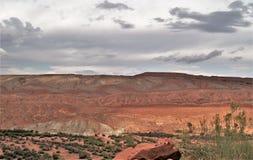 Raplee pustyni i antykliny równiny blisko Meksykańskiego kapeluszu fotografia stock