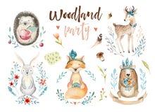 A raposa bonito do bebê, o coelho do berçário dos cervos e o urso animais isolaram a ilustração para crianças Boho da aquarela qu Imagem de Stock