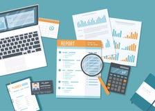 Rapport de gestion financier de rapport avec les documents sur papier, formes Comptabilité, inspection, recherche, planification, illustration libre de droits
