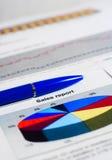 rapportera försäljningar Arkivbilder