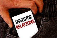 Rapports à l'investissement des textes d'écriture Les relations d'investissement de finances de signification de concept négocien Photo stock