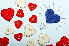 rapports romantiques Célébration de vacances de valentines Fond de coeur de décoration Valentines de symbole d'amour Rose rouge photographie stock